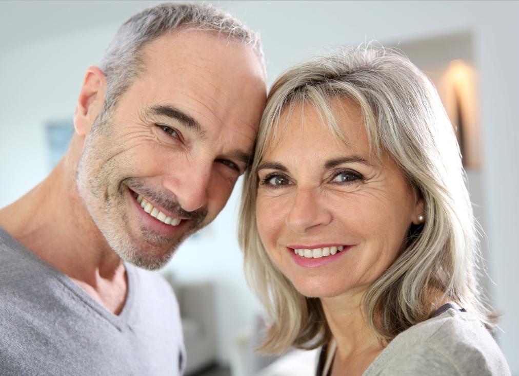 Dating einer Frau jünger als Sie Persönlichkeitsarten datieren Website