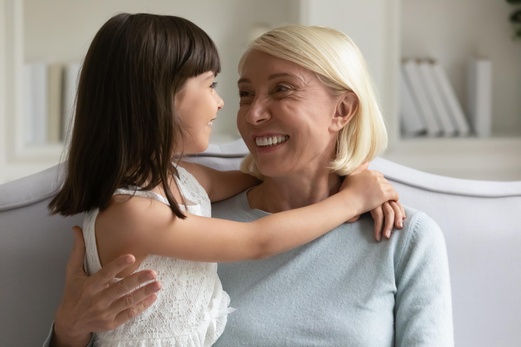 Omas Date: So erklären Sie Ihren Enkeln, dass sie noch